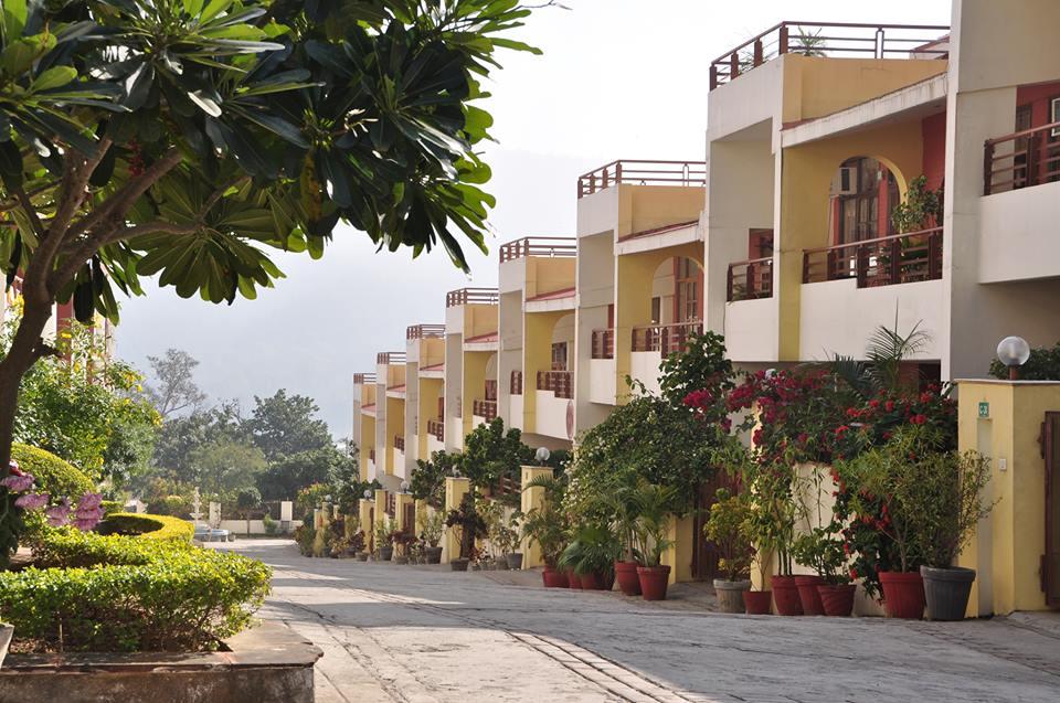 Ayurveda Bhavan Ganga Vatika II Rishikesh - Best Ayurvedic Panchakarma Spa Treatments